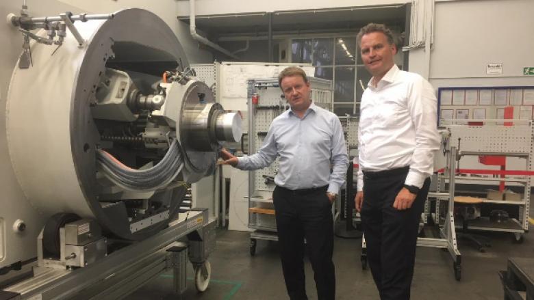 Günter Krings besucht die Firma Starrag Technology GmbH in Rheydt