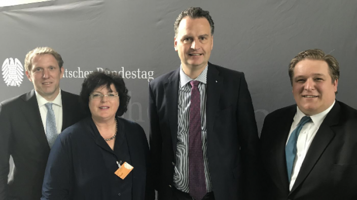 Debatte um regionale Aspekte des Braunkohleabbaus auf der Strukturwandel-Konferenz in Berlin